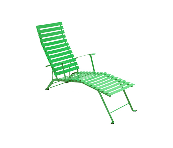 Bistro liegestuhl liegest hle von fermob architonic for Bistro chaise longue