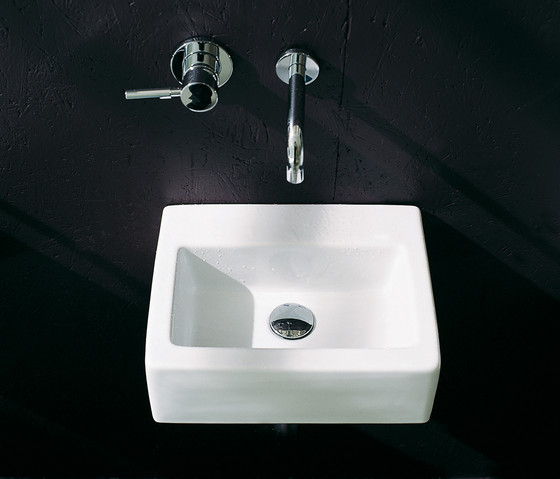 Acquagrande 60 basin by Ceramica Flaminia