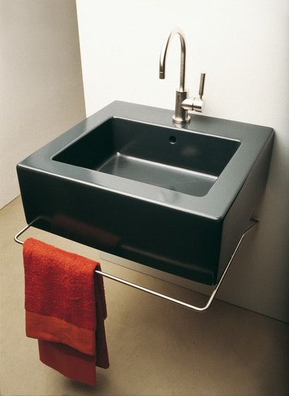 Acquababy basin by Ceramica Flaminia