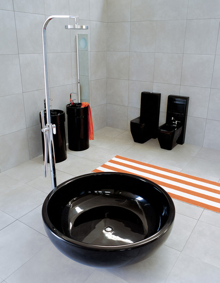 Fonte basin by Ceramica Flaminia