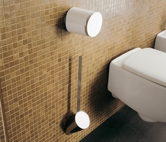 Hoop towel hook by Ceramica Flaminia