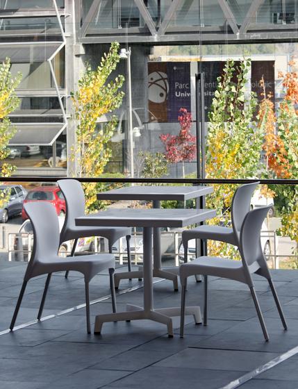 sputnik table di Resol-Barcelona Dd
