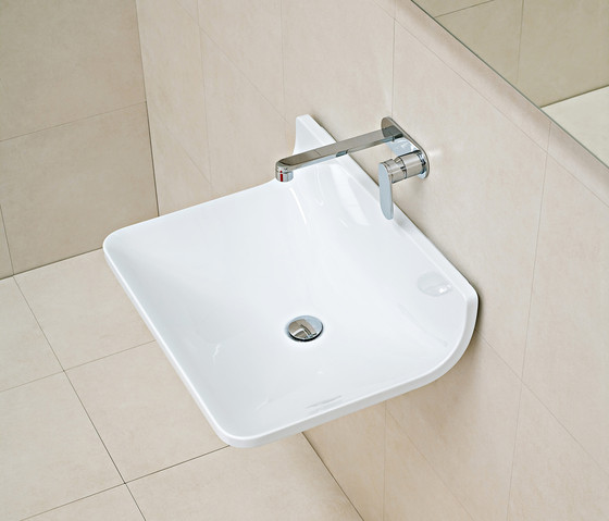 Plate basin by Ceramica Flaminia