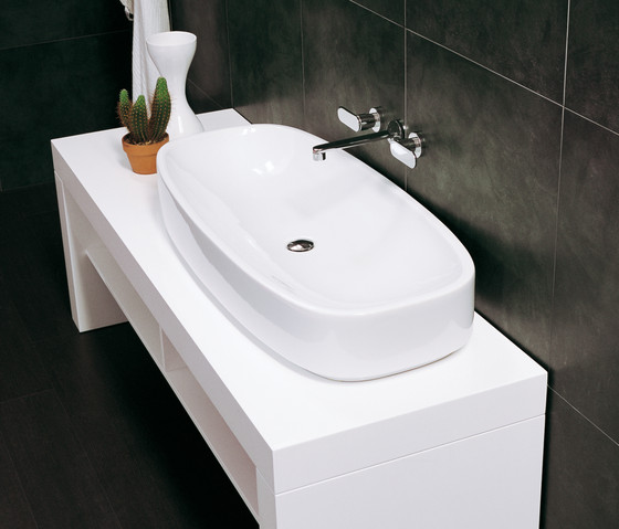 Step basin by Ceramica Flaminia