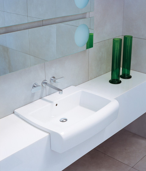 Una 75 basin de Ceramica Flaminia