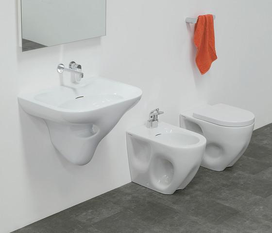 Void di ceramica flaminia 60 lavabo 44 lavabo 70 for Flaminia lavabi