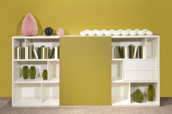 Rooming Shelf by die Collection