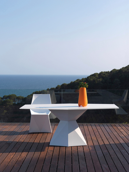 Vertex chair by Vondom