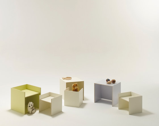 stool by performa