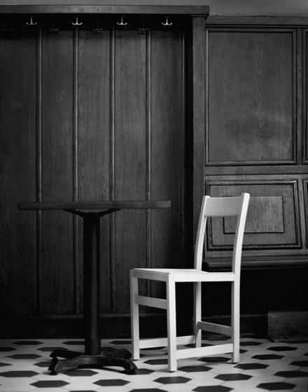Waiter Chair de Massproductions