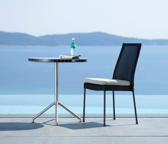 Avenue dining table di Cane-line