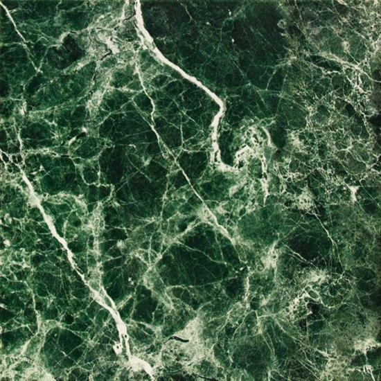 Alenda verde baldosas de suelo de tau ceramica architonic for Tipos de marmol verde
