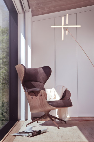Low Lounger 4 legs by BD Barcelona