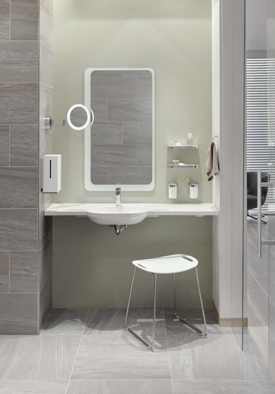 Bath towel rail | 800.30.11040 de HEWI