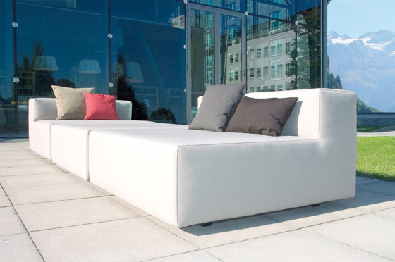 LOOP Sofa de April Furniture