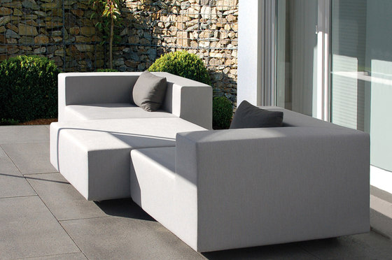LOOP Sofa by April Furniture