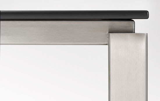 NICEtable06 by steininger.designers