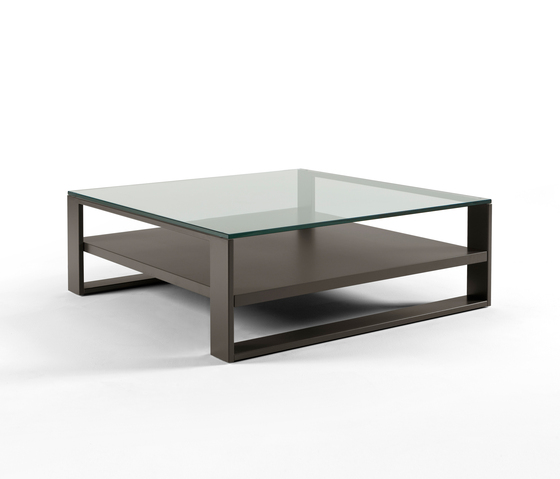 Soleo Coffee table di Kendo Mobiliario