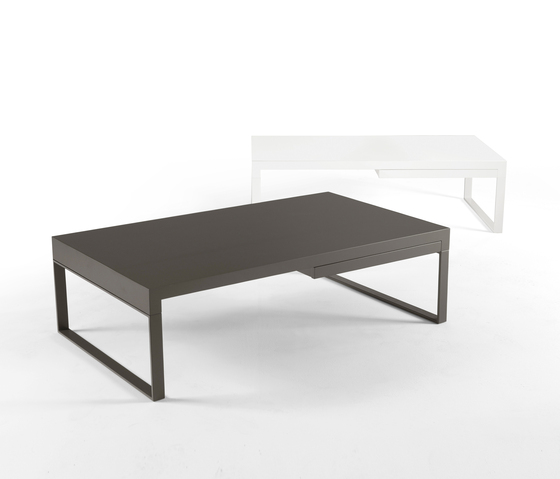 Tek Coffee table de Kendo Mobiliario