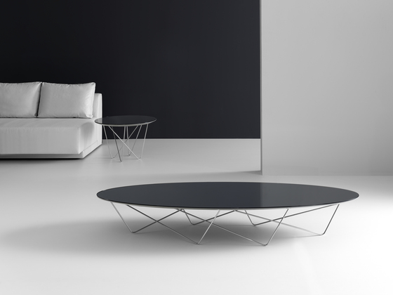 Yohsi Coffee table by Kendo Mobiliario