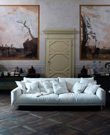 Faubourg Sofa by ARFLEX
