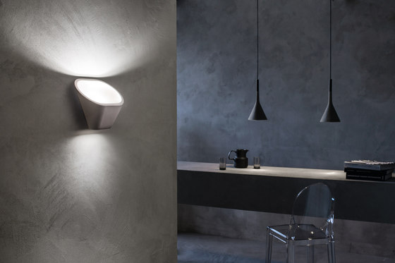 Aplomb suspension blanche de Foscarini