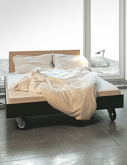 bed by performa