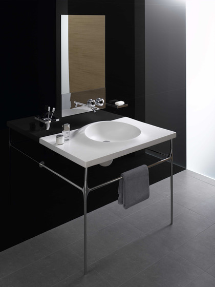 Istanbul Cylindrical Bathtub, freestanding by VitrA Bad