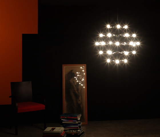 2160 AT5 LED Wall lamp by Luz Difusión
