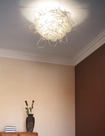 Struk T Floor lamp by Luz Difusión