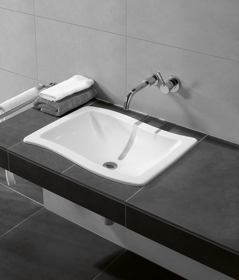 Loop & Friends Built-in washbasin by Villeroy & Boch