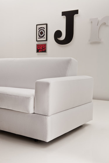 Lord 3100 Bedsofa by Vibieffe