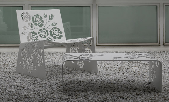 Roses Serie 1450 Table by Vibieffe