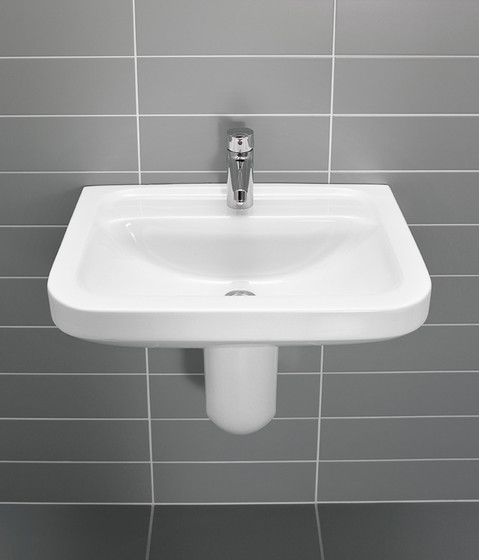 Omnia architectura Washdown WC wall-mounted by Villeroy & Boch