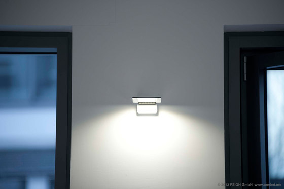 oneLED wall luminaire rotatable de oneLED