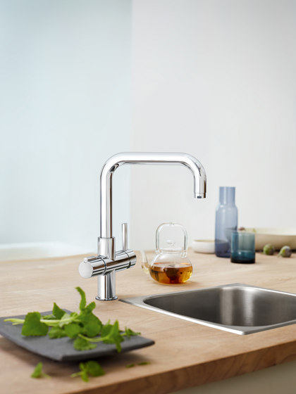GROHE Red Duo Faucet and single-boiler by GROHE