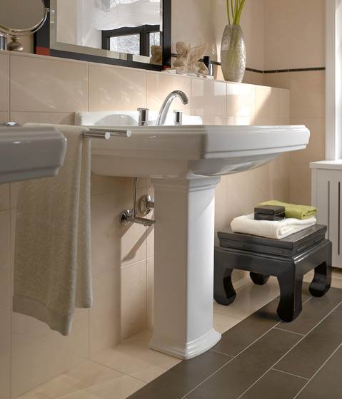 Hommage Baths oval by Villeroy & Boch