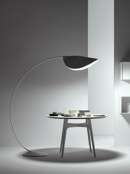 Circle Lamp by De Padova