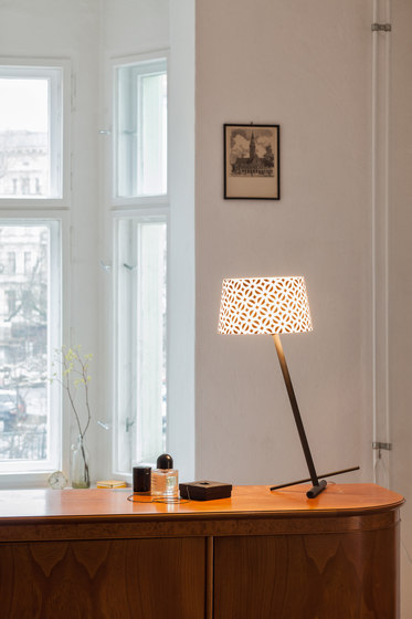 Slant Table by serien.lighting