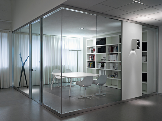 Glamour Executive by Sinetica Industries