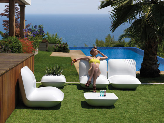Pillow daybed by Vondom