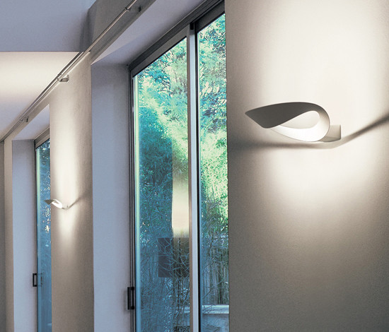Mesmeri LED Wall Lamp by Artemide