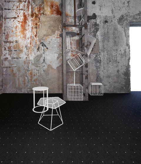 Black Silver L by OBJECT CARPET