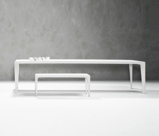 Mirthe C-table by Tribu