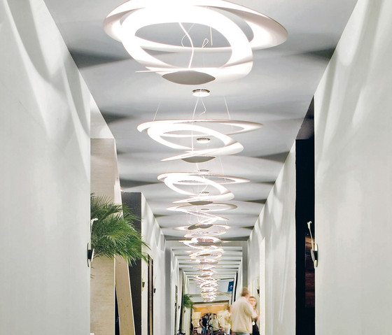 Pirce Soffitto di Artemide