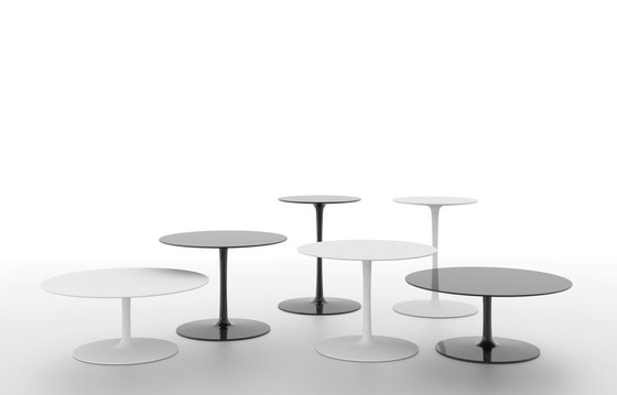 Flow low table de MDF Italia