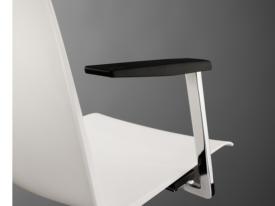 PUBLICA Bar stool by König+Neurath