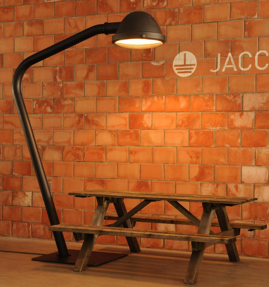 Outsider - wall lamp di Jacco Maris