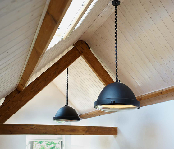 Outsider - pendant lamp by Jacco Maris