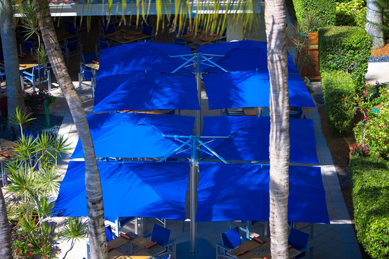 Bay Master Pool Side Swim Under Cantilever by TUUCI
